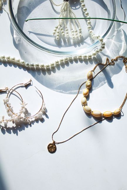Picture of Shell and Gold Necklace